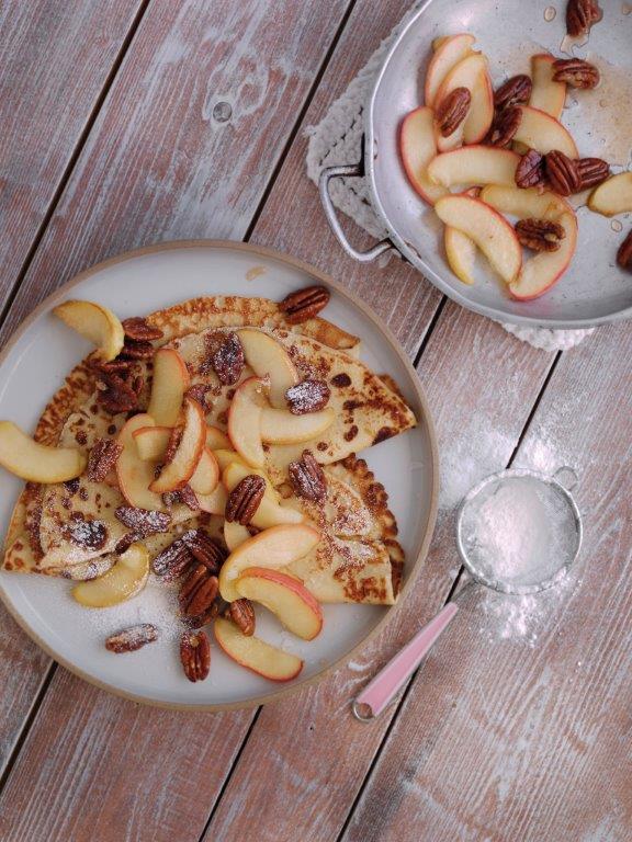 toffe-apple-pancakes