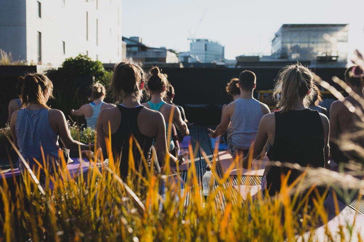 rooftop-yoga-001
